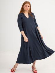 Φόρεμα ριπ με λαιμόκοψη V