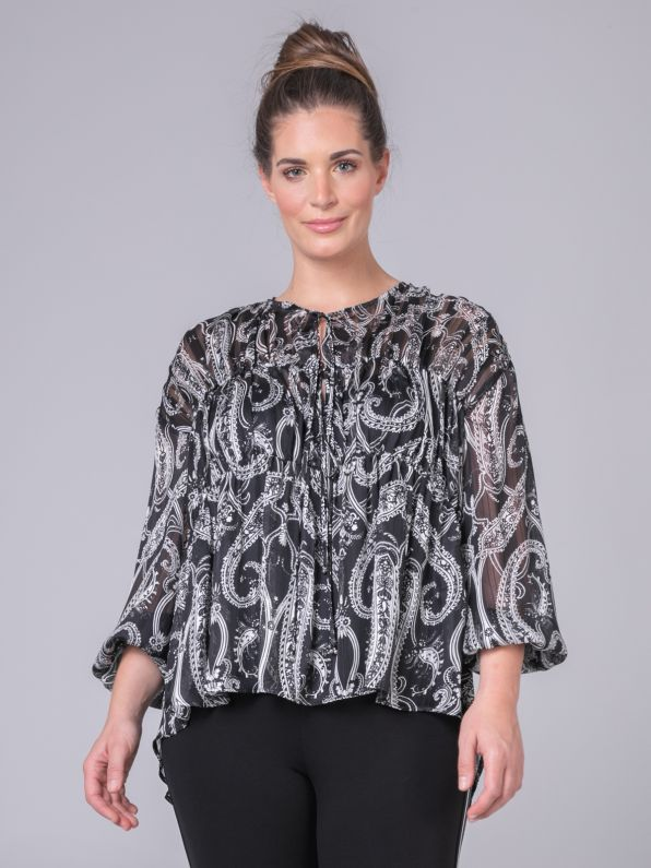 Blouse in paisley print