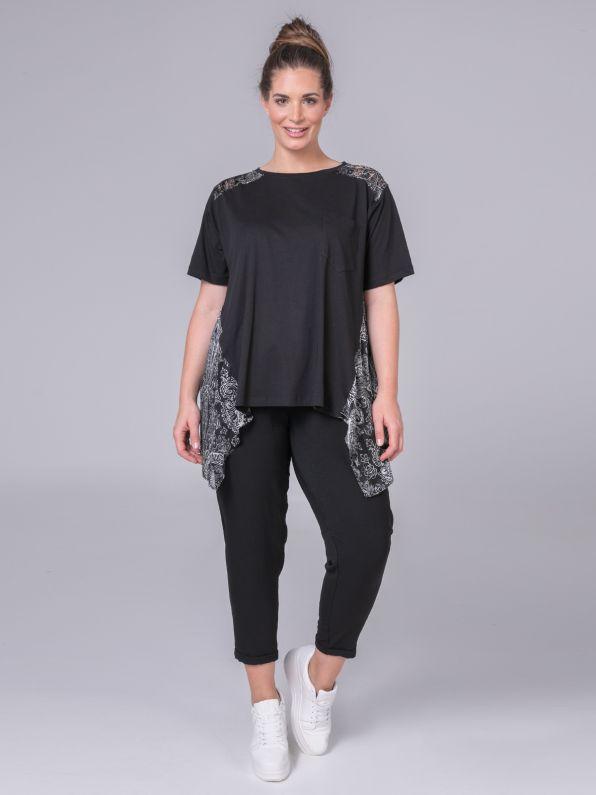Ασύμμετρη μπλούζα με paisley μοτίβα