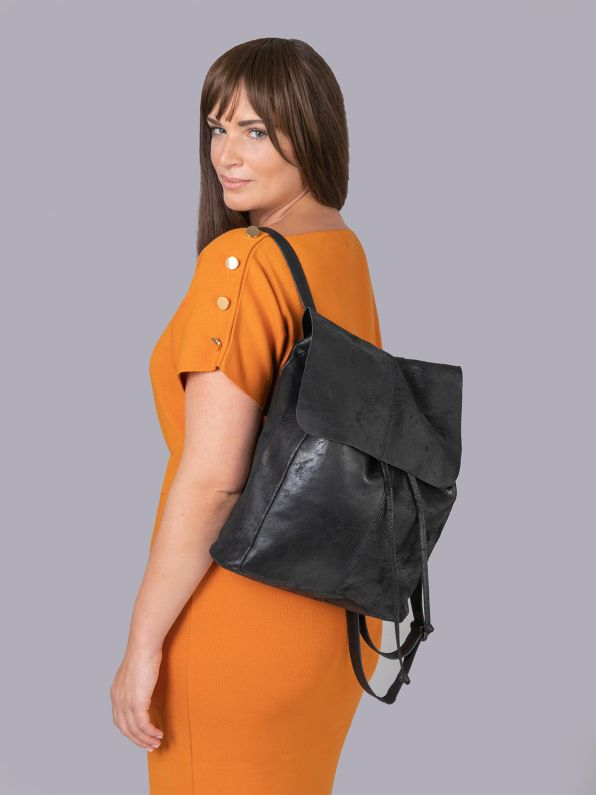 ΤΣΑΝΤΑ BACKBAG BLACK