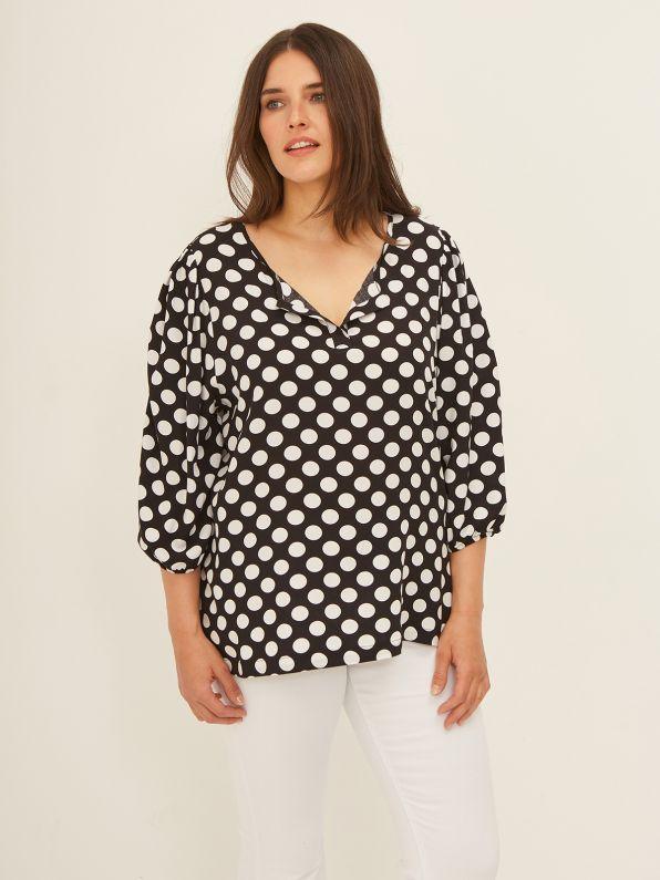 Viscose V-neck top in polka dot print