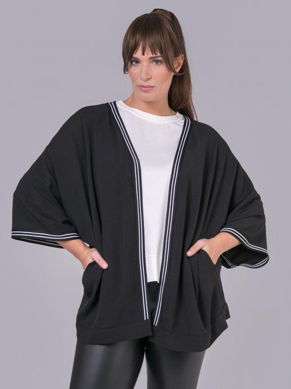 Stripe-detailed kimono