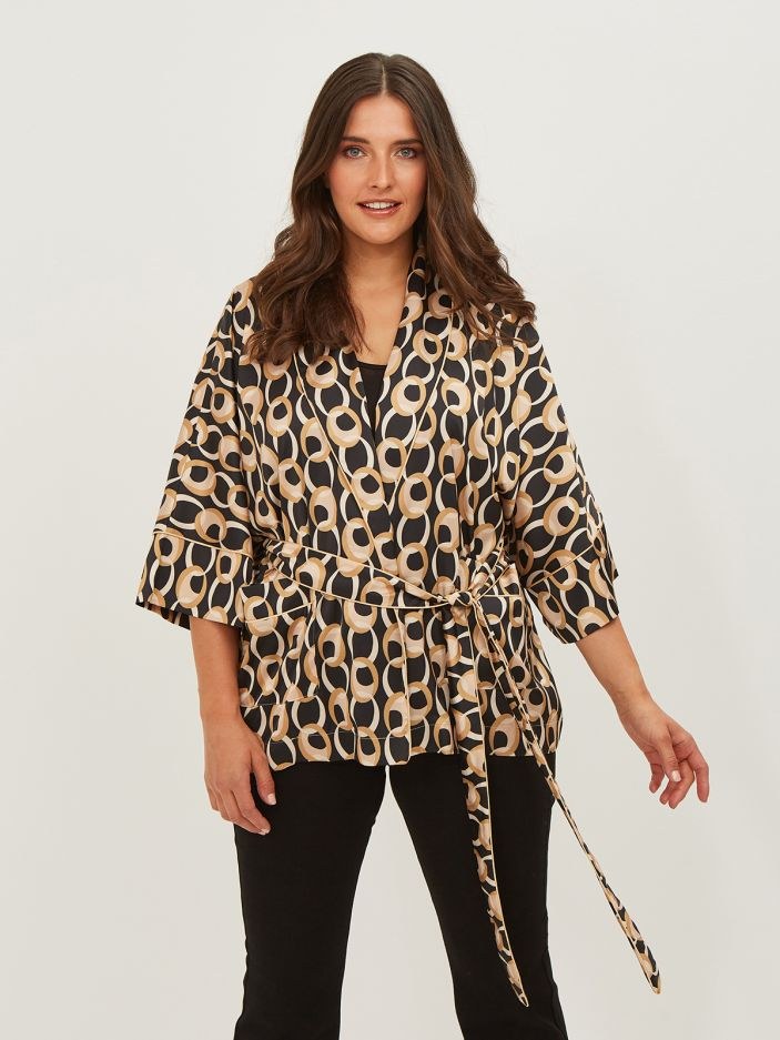 Belted kimono in graphic print