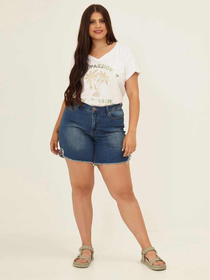 Βlue denim shorts
