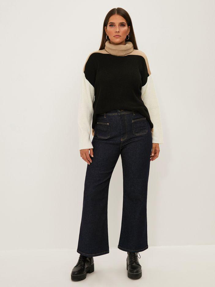 Wide leg dark blue jeans