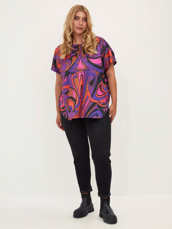 Round-neck satin top in colorful print