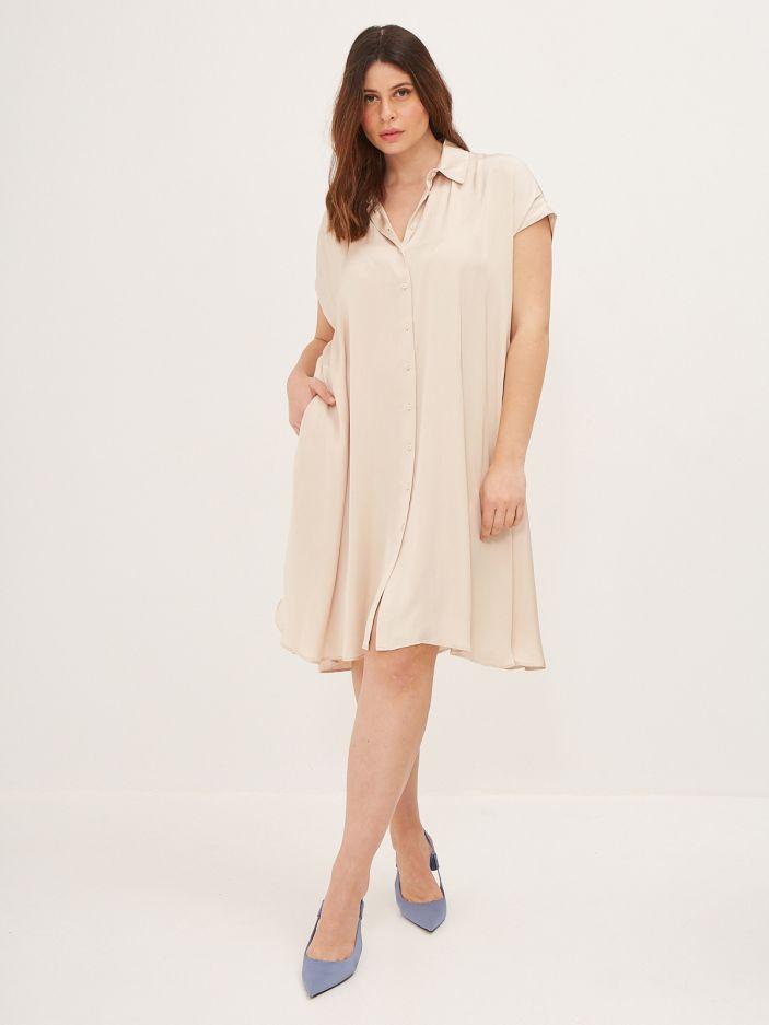 Σεμιζιέ φόρεμα σατέν