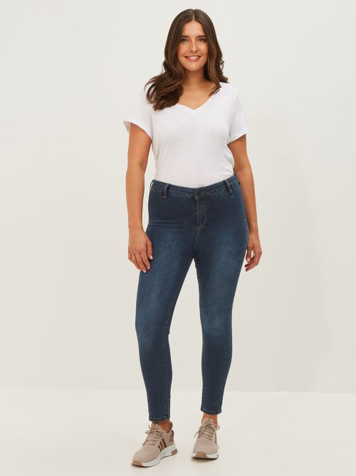 Basic slim-leg jeans in dark blue wash