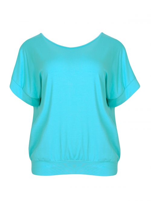 Basic top with fitted hem