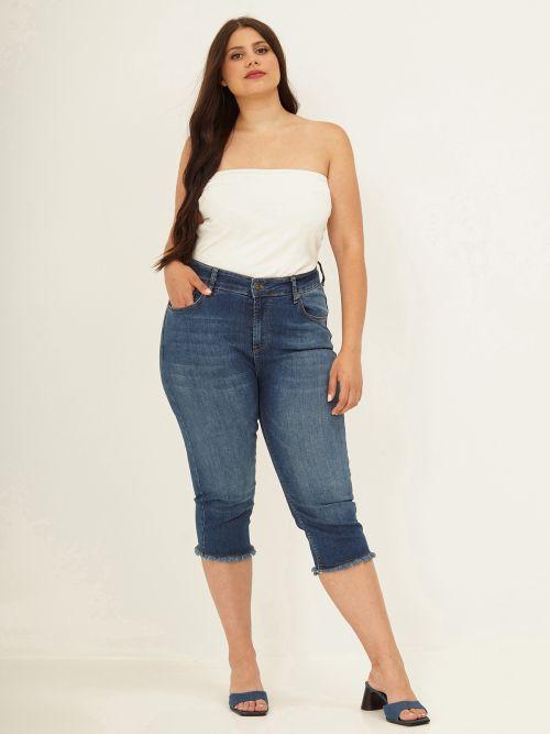 Cropped slim leg jeans