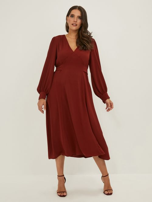 V-neck dress with ties on the back