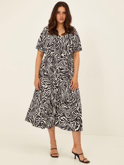 Belted dress in zebra print