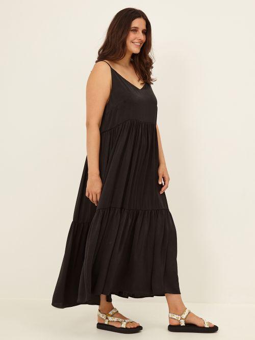 Maxi φόρεμα αμάνικο με βολάν
