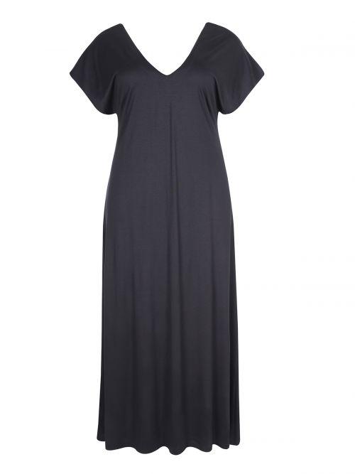 Basic maxi V dress