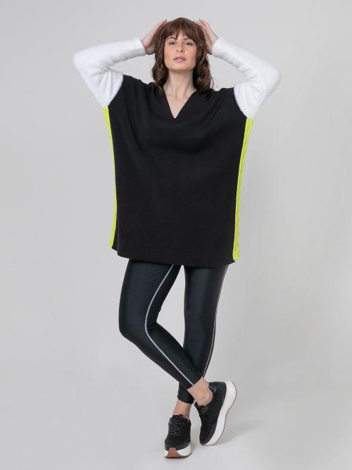 V-neck long knitted sweater