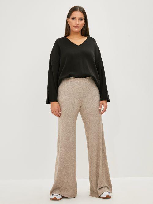 Fine-knit flare pants