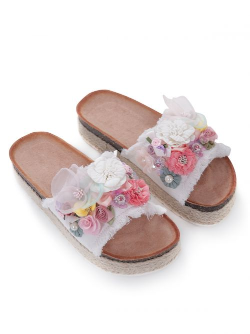 Sliders with floral detailing