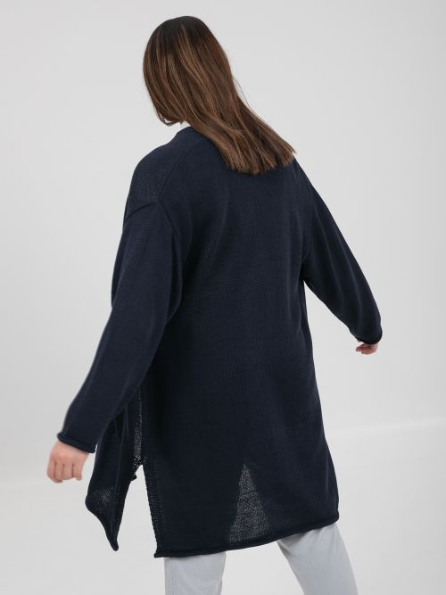 Soft-knit cardigan with pockets in blue