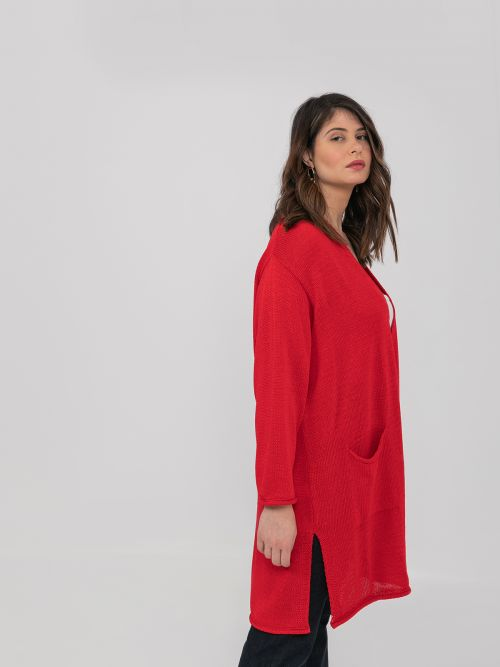 Soft-knit cardigan with pockets in red