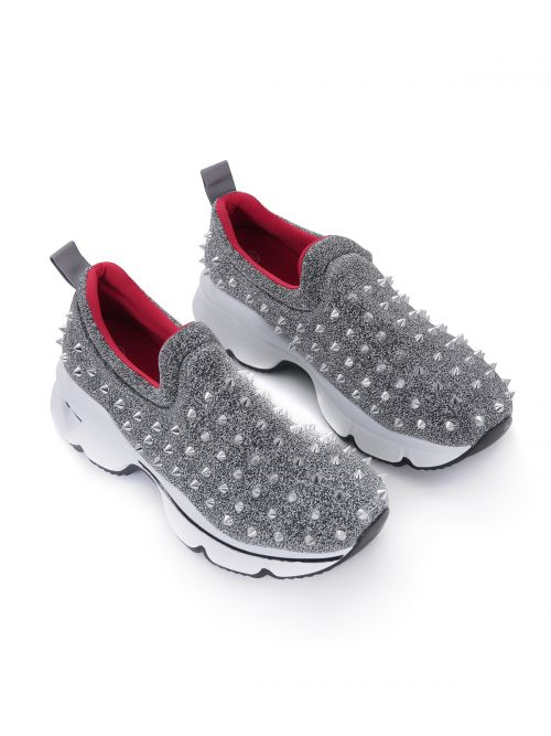 Sneakers με τρουκς