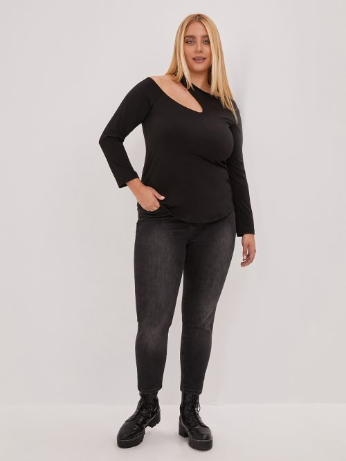 Super elastic top with cut out detail