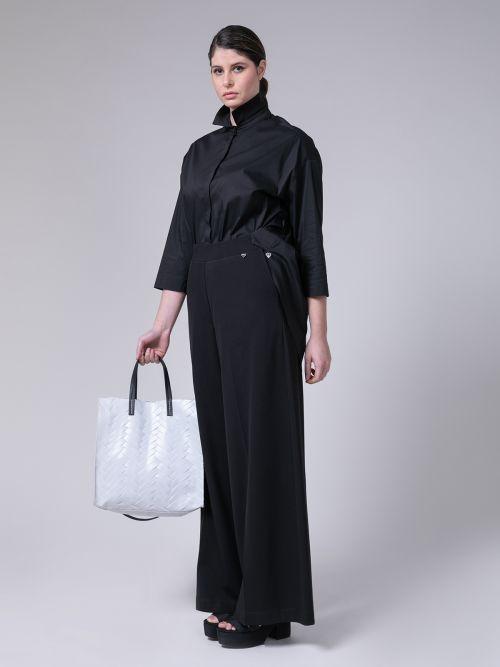 Τσάντα δερμάτινη με πλεκτό σχέδιο