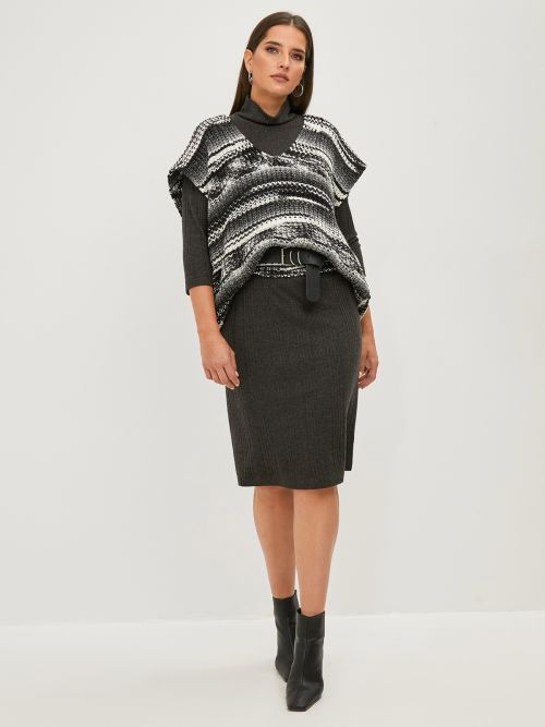 V-neck long knitted vest