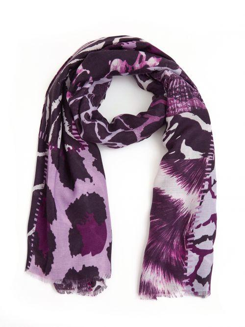 Viscose scarf in zebra print
